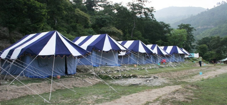 Camping in Binsar