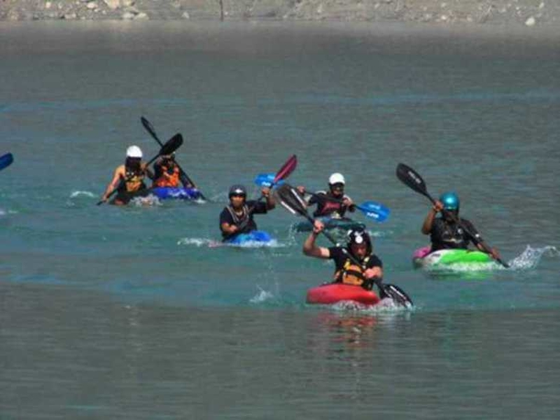 Tehri Kayaking